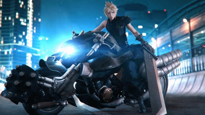 Square Enix nos muestra la figura de Cloud en vídeo